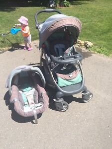 Graco car seat travel system
