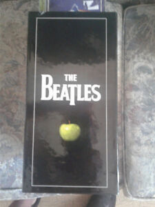The Beatles CD Box set- 16 cds-1 dvd