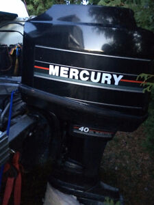 40 HP MERCURY OUTBOARD, 2 STROKE, 4 CYL + MOTOR FOR PARTS