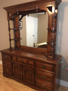 Dresser with hutch mirror