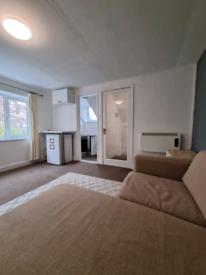 1 bedroom flat in Heaton Moor