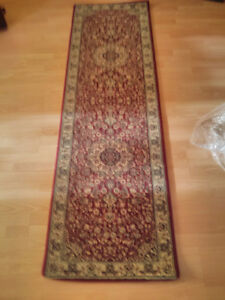 Area rug wool, size 27.5in x 90in