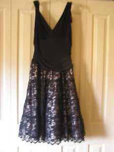 New Unused Women's Black Evening Party Dress Size 8