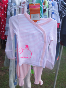 lots of boys/girls toddler clothing and baby sets