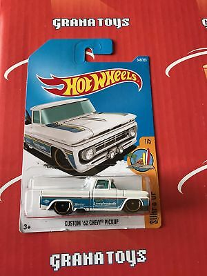 Custom '62 Chevy Pickup #348 White 2017 Hot Wheels Case Q *NEW*
