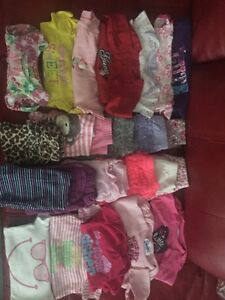 6-9 / 6-12 months girls clothing perfect condition
