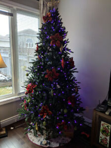 7.5 Foot tall Christmas Tree with LED lighting (Ornaments inc.)