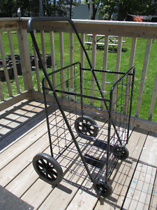 Black Deluxe Rolling Utility Cart