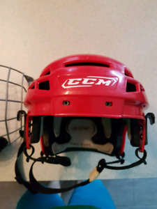 Ccm senior medium helmet
