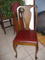 Set of 5 antique quarter sawn oak dining chairs