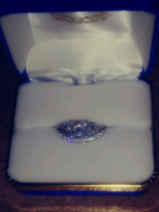 Amazing Engagement Ring Set For Sale Pick Up Only
