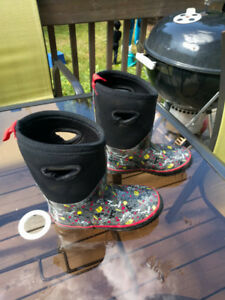 Child's Insulated Rain Boots Size 1