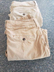 American eagle khakis pants