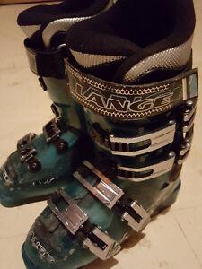 Lange Ski Boots - Kids size 3