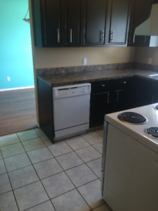 Large West College Park Duplex Avail. February 1st