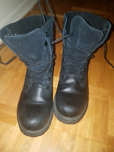 3 name brand winter boots and shoes