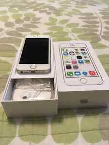 5S apple iphone for sale in great shape