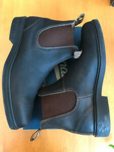 Blundstone Dress Boot - Chisel Toe Size 13