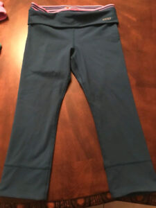 Lorna Jane leggings size 7/8 - Never worn w/ tag of $99!