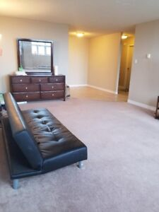 1BHK Apartment in South Park Street - Lease Take Over (8 Months)