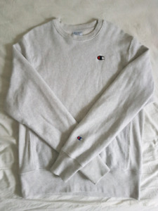 Champion Reverse Weave crewneck sweatshirt — sz medium