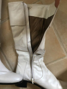 Austin Powers 60's GENUINE LEATHER White Knee-High Boots West Island Greater Montréal image 2