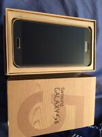 **Unlocked Samsung S5 Gold 16gb**WIND READY