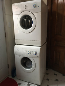 Inglis front load washer & dryer