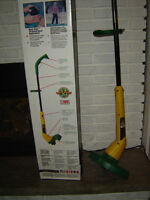 Weed Eater, grass trimmer