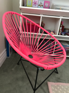 Kids Pink Acapulco Wire Basket Papasan Chair