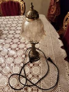 SMALL BEDROOM LAMP