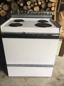 Free Hotpoint cooktop stove