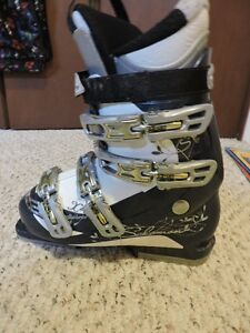Reduced Price...woman/girls downhill ski boots