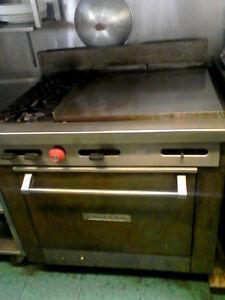 Natural gas griddle with two burners and oven