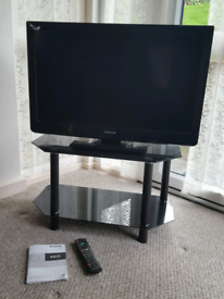Panasonic TV + stand