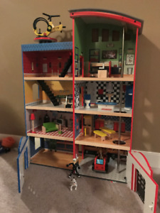 Kids Hometown Heroes Wooden Police & Fire Station Play Set