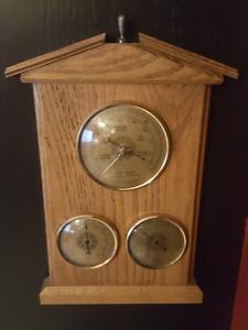 Vintage weather barometer France