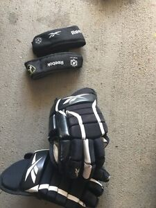 Hockey Gloves and Neck guards  London Ontario image 1