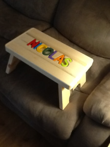 name puzzle stools