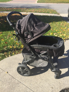 Peg Perego Uno Stroller/Bassinet & Car Seat with base