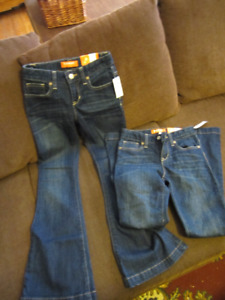 2 pair of new Old Navy jeans