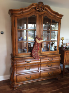 Large, solid wood, ornate 2 piece Ethan Allen hutch