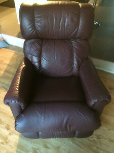 2 Recliner/Rocking Chairs Cambridge Kitchener Area image 4