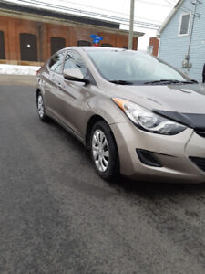 2013 ELANTRA  GL(DEAL!!!!WOW SHAPE!)
