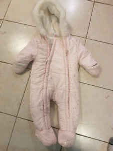 Pink 6 to 9month snow suit (EUC)