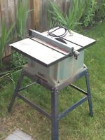 """Delta table saw 10"""" Excellent condition"""