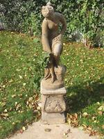 Statue et socle