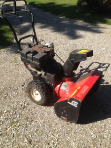 8/24 Dynamark SnowBlower