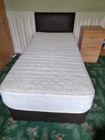 Single Divan bed with 2 drawers and mattress.