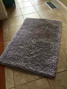 Pink and purple area rug 3.5ft * 5 ft